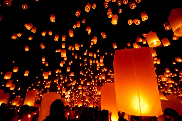 Floating Lanterns at Chiang Mai, Thailand