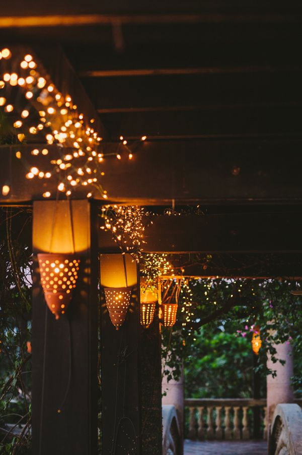 wedding_reception_light